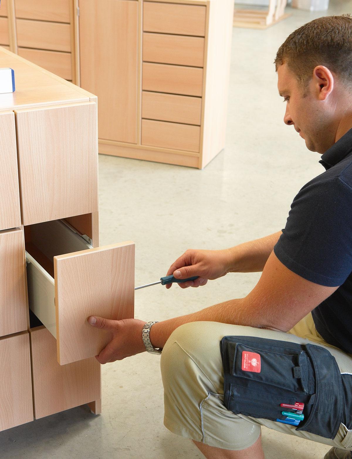aurednik gmbh alles f r kindergarten krippe hort und schule qualit t ab werk. Black Bedroom Furniture Sets. Home Design Ideas